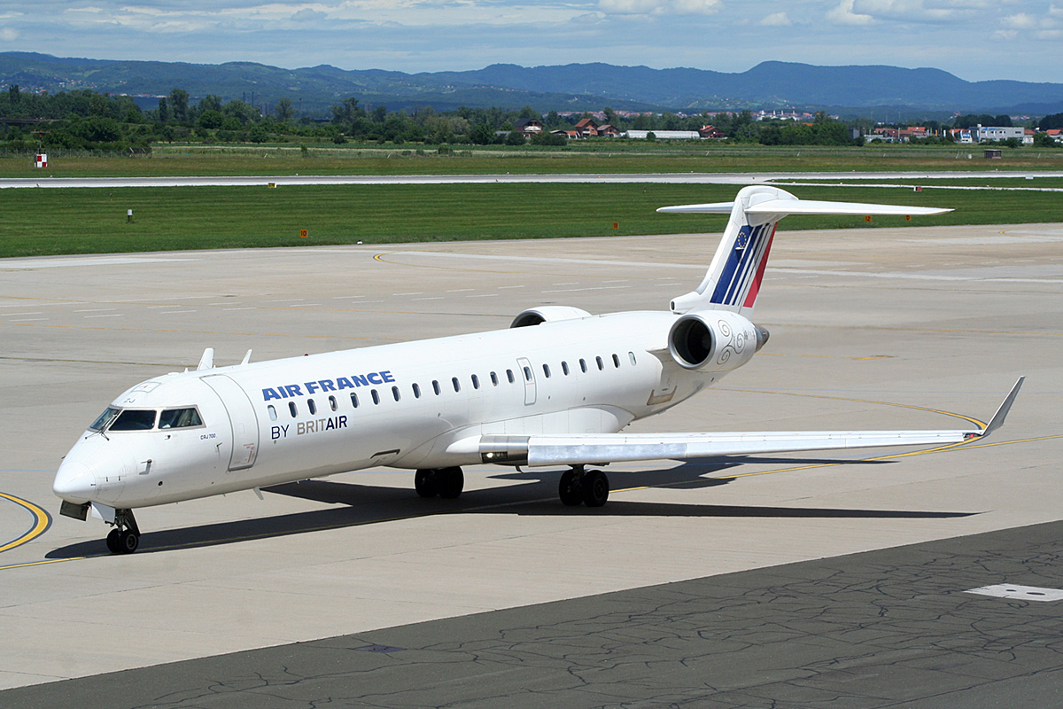 CRJ-702 Air France (Brit Air) F-GRZJ Zagreb_Pleso (ZAG/LDZA) June_13_2012