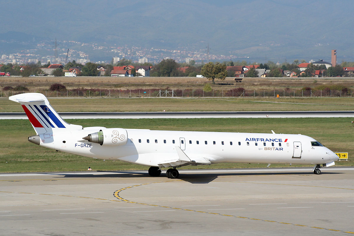 CRJ-702 Air France (Brit Air) F-GRZE Zagreb_Pleso (ZAG/LDZA) October_19_2011
