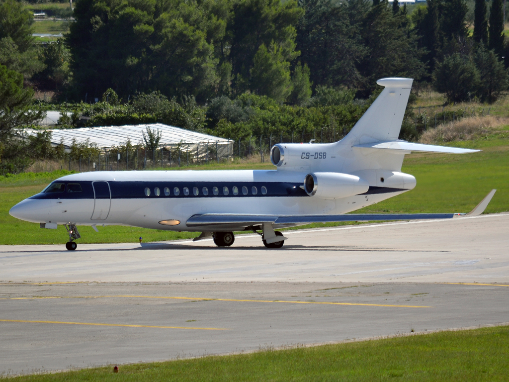Dassault Falcon 7X NetJets Europe CS-DSB Split_Resnik (SPU/LDSP) August_6_2011