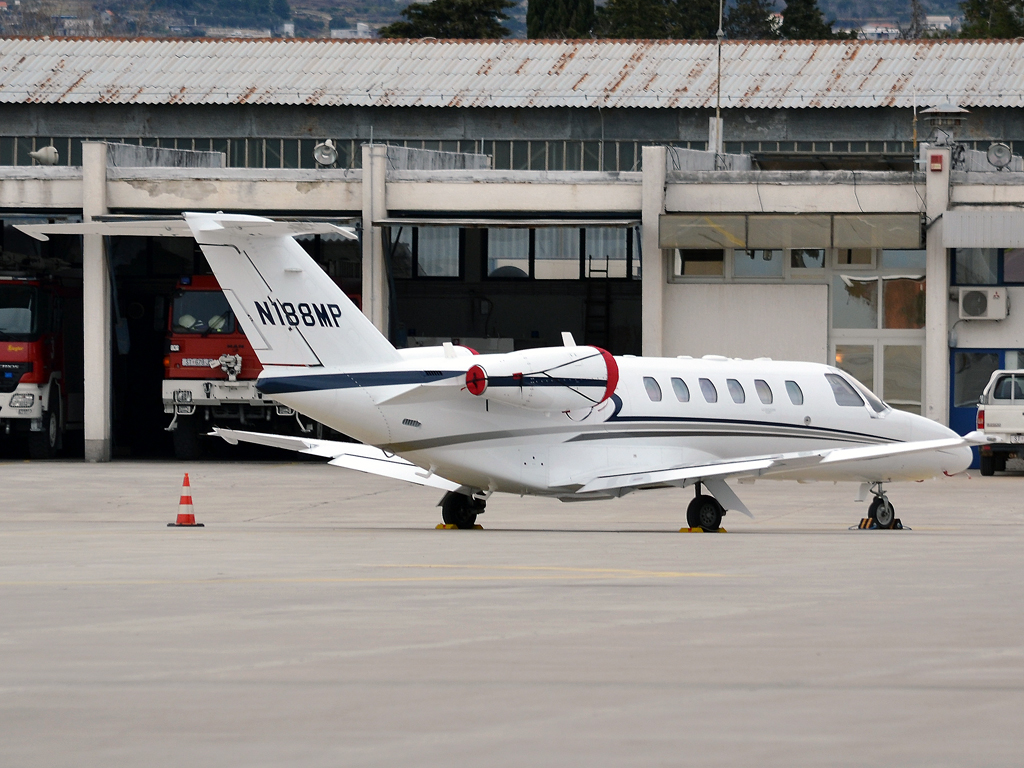 Cessna 525A Citation CJ2 Untitled N188MP Split_Resnik (SPU/LDSP) February_26_2012