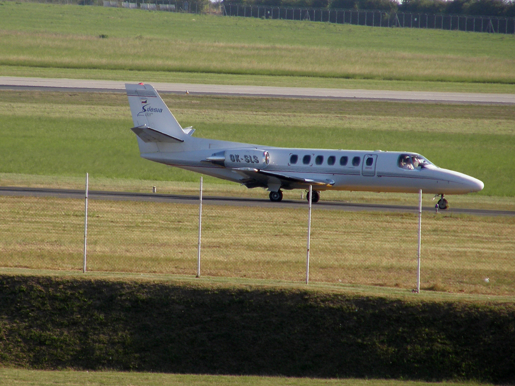 Cessna 560 Citation V Silesia Air OK-SLS Prague_Ruzyne (PRG/LKPR) August_20_2009