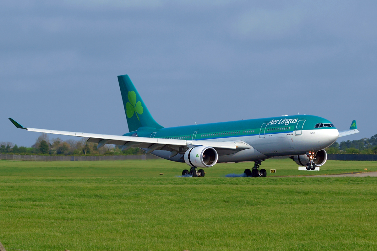 A330-202 Aer Lingus EI-DUO Dublin_Collinstown April_18_2009