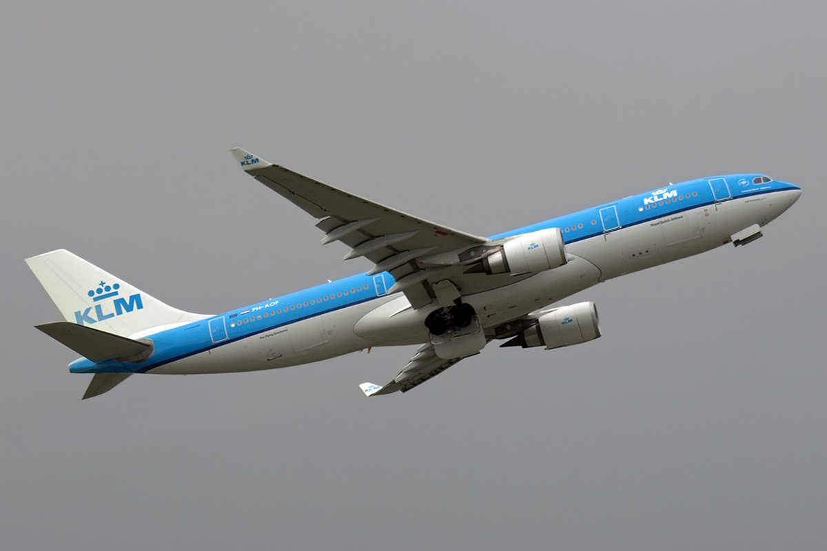 A330-203 KLM - Royal Dutch Airlines PH-AOF Amsterdam_Schiphol March_24_2008