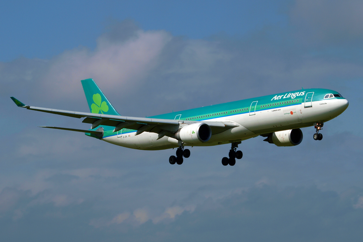 A330-301 Aer Lingus EI-JFK Dublin_Collinstown April_14_2009