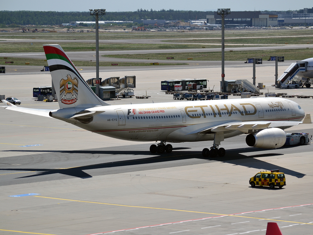 A330-243 Etihad Airways A6-EYG Frankfurt_Main (FRA/EDDF) May_25_2012