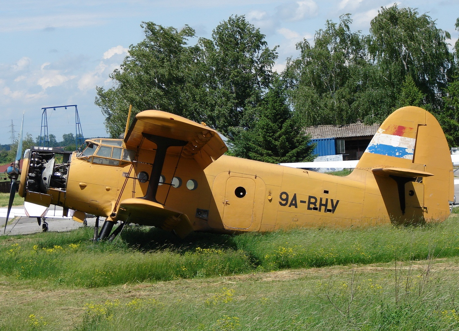 Antonov An-2 Untitled 9A-BHV Osijek_Cepin (LDOC) May_14_2010