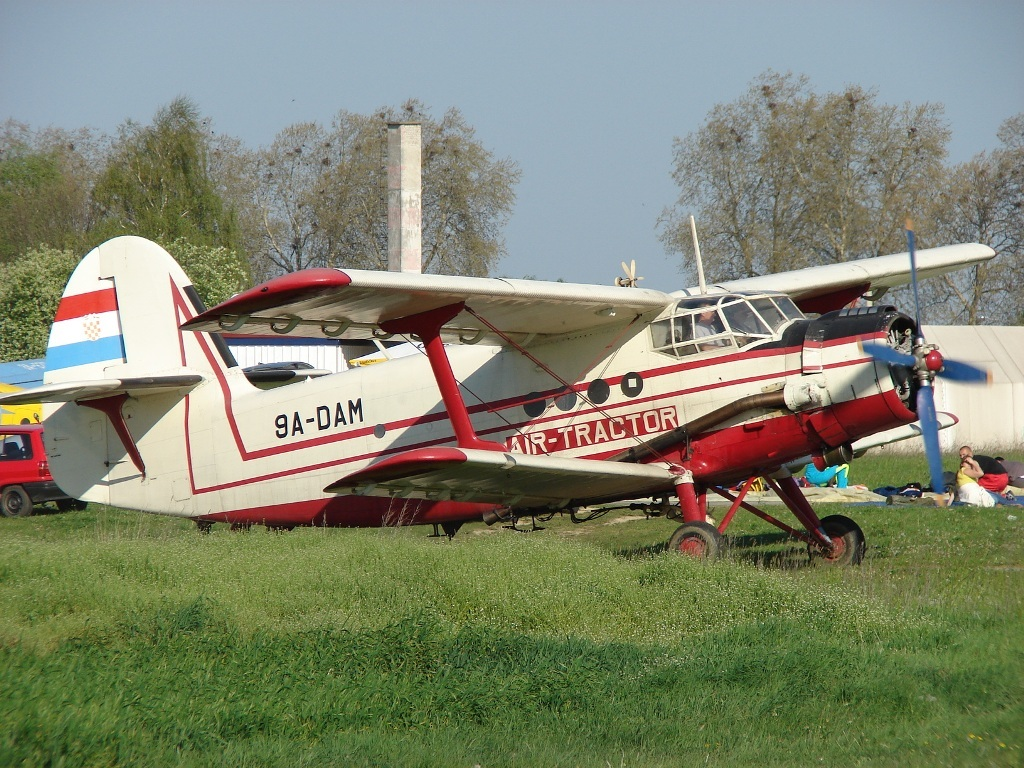 Antonov An-2R Air-Tractor 9A-DAM Osijek_Cepin (LDOC) April_14_2007