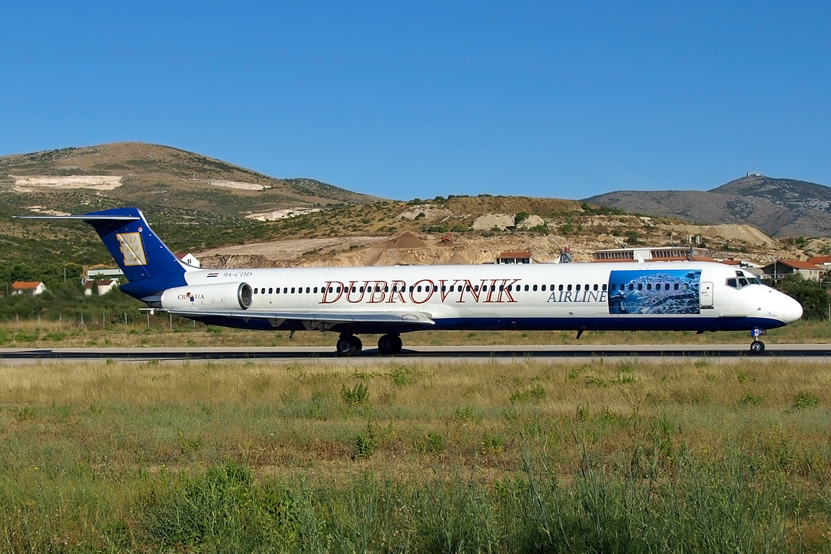 MD-82 (DC-9-82) Dubrovnik Airline 9A-CDD Split_Resnik August_10_2008