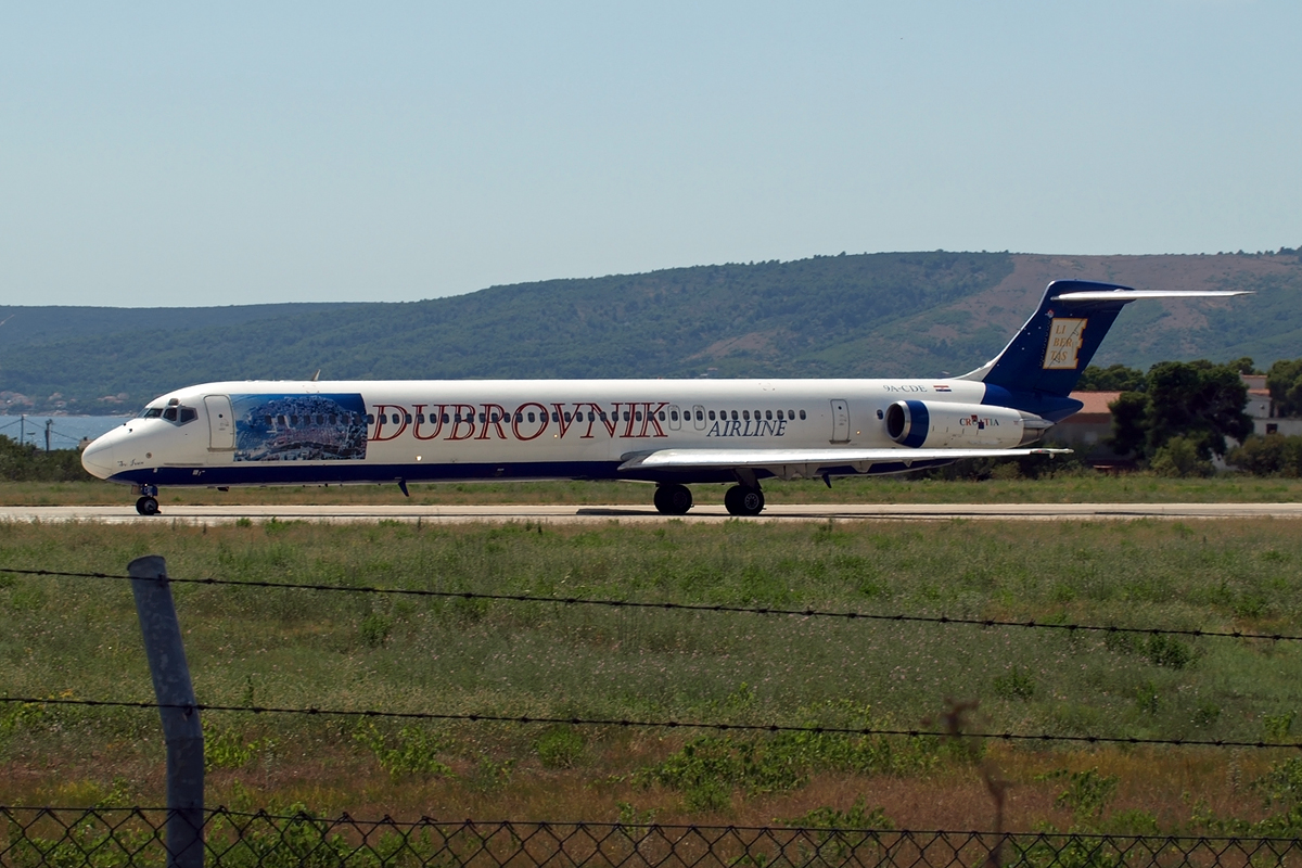 MD-82 (DC-9-82) Dubrovnik Airline 9A-CDE Split_Resnik August_9_2008 B