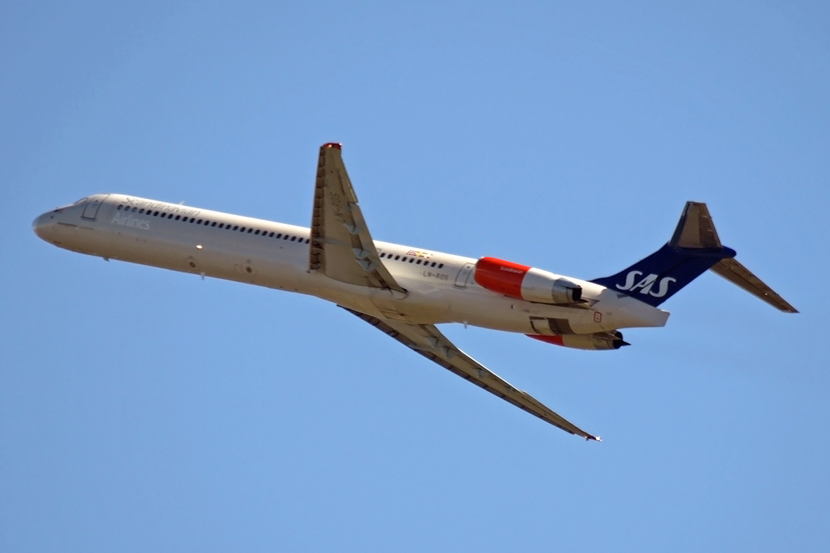 MD-82 (DC-9-82) Scandinavian Airlines - SAS LN-ROS Amsterdam_Schiphol March_19_2008