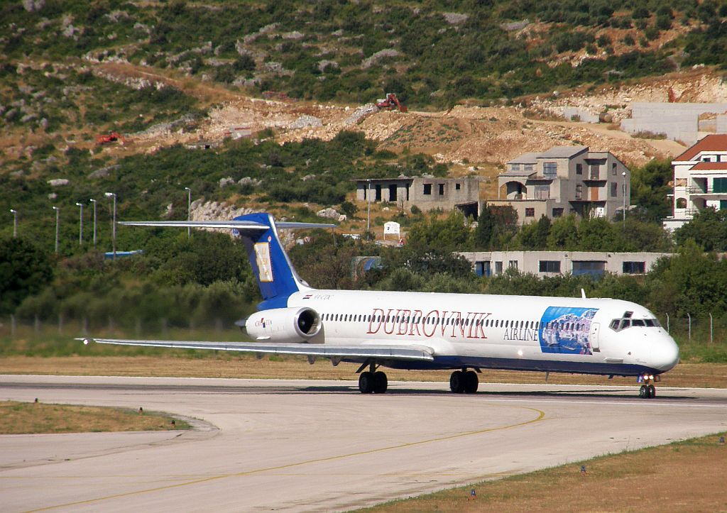 MD-82 (DC-9-82) Dubrovnik Airline 9A-CDC Split_Resnik August_7_2010