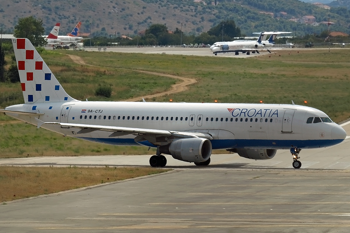 A320-214 Croatia Airlines 9A-CTJ Split_Resnik (SPU/LDSP) August_9_2008