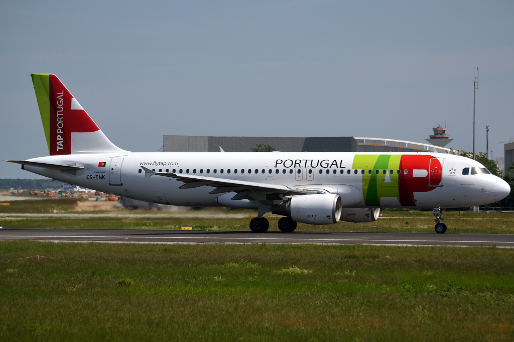 A320-214 TAP Portugal CS-TNK Frankfurt_Main (FRA/EDDF) May_26_2012