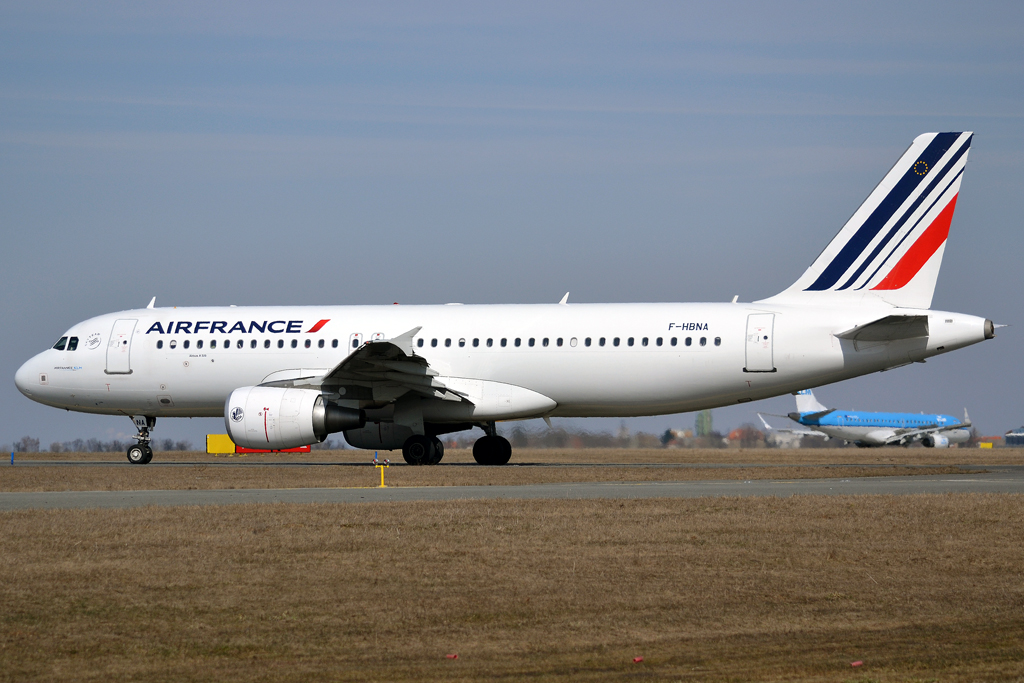 A320-214 Air France F-HBNA Prague_Ruzyne (PRG/LKPR) March_24_2013