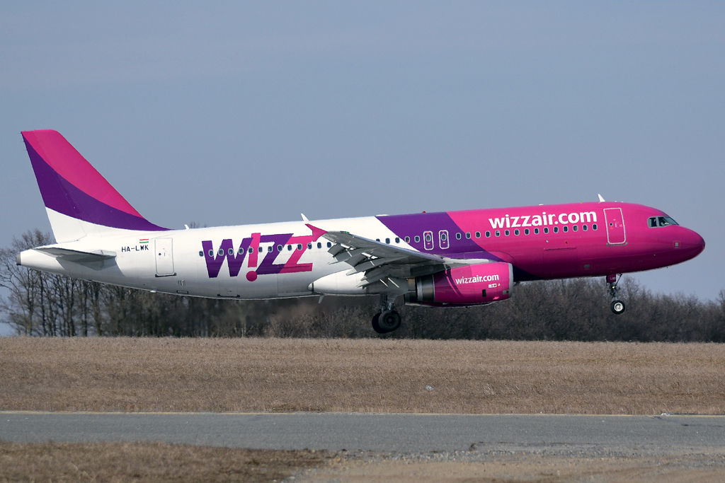 A320-232 Wizz Air HA-LWK Prague_Ruzyne (PRG/LKPR) March_24_2013