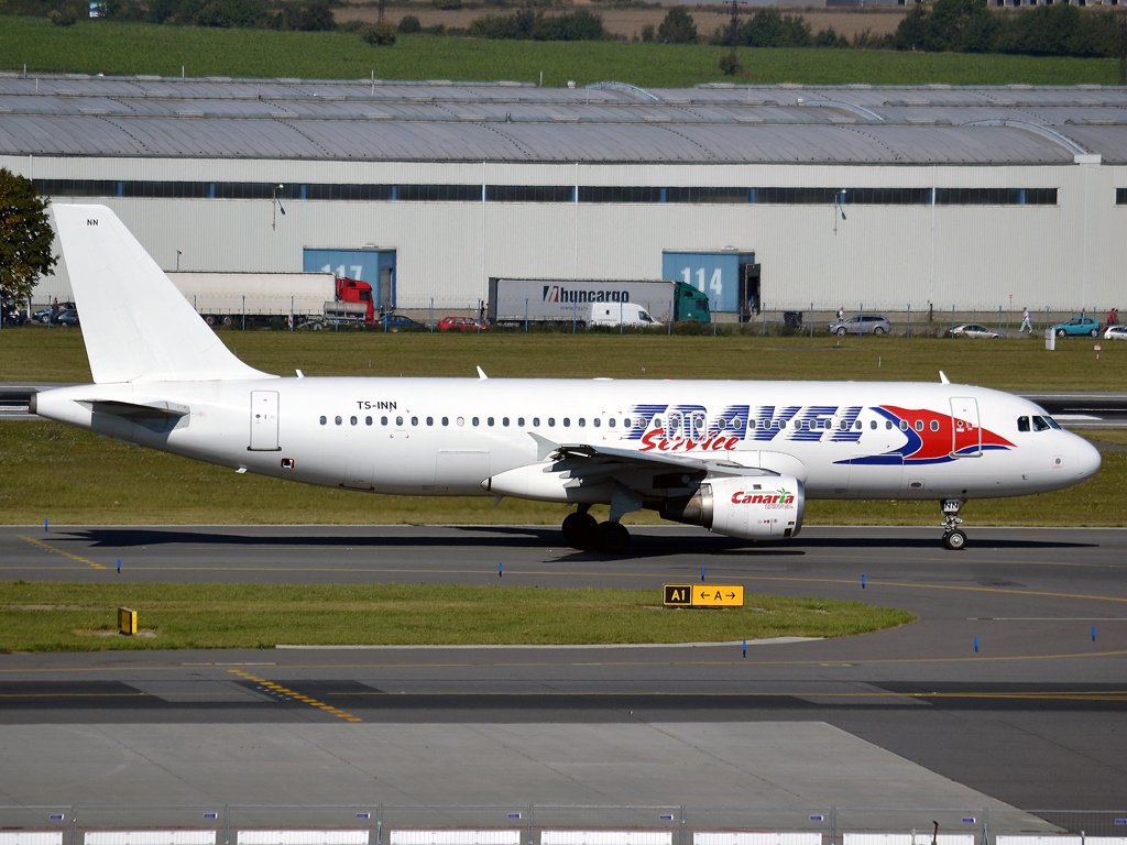 A320-212 Travel Service (Nouvelair) TS-INN Prague_Ruzyne (PRG/LKPR) October_2_2011