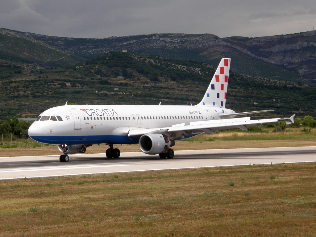 A320-212 Croatia Airlines 9A-CTF Split_Resnik (SPU/LDSP) August_7_2010