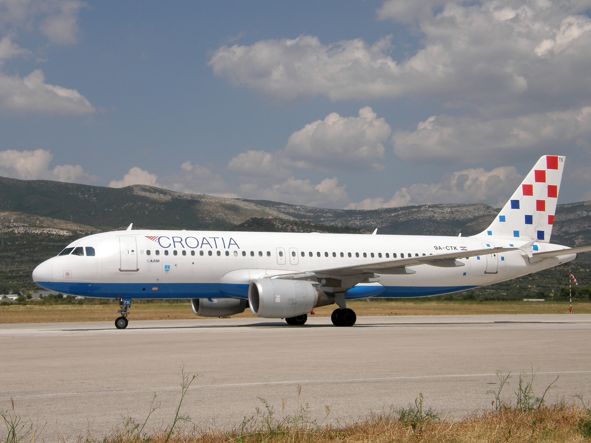 A320-214 Croatia Airlines 9A-CTK Split_Resnik (SPU/LDSP) August_08_2009