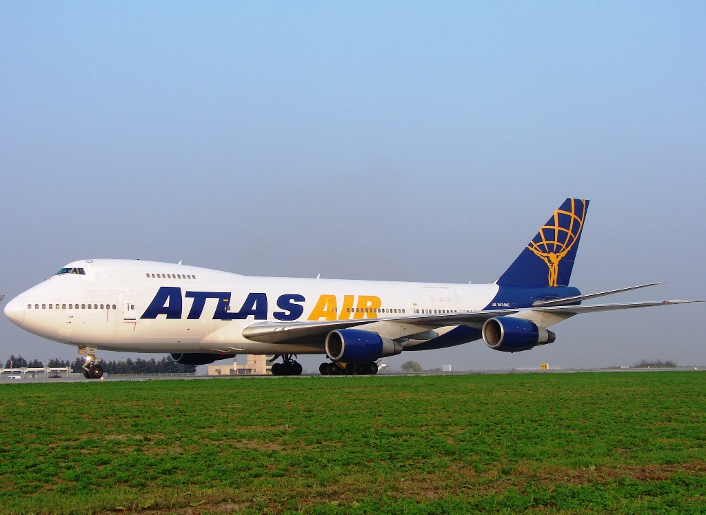 B747-2D7B(SF) Atlas Air N524MC Osijek_Klisa October_15_2008