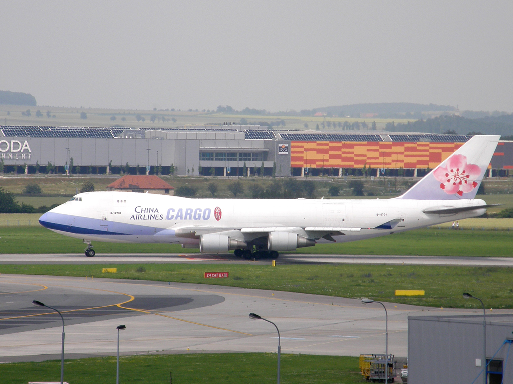 B747-409F/SCD China Airlines Cargo B-18701 Prague_Ruzyne July_02_2009