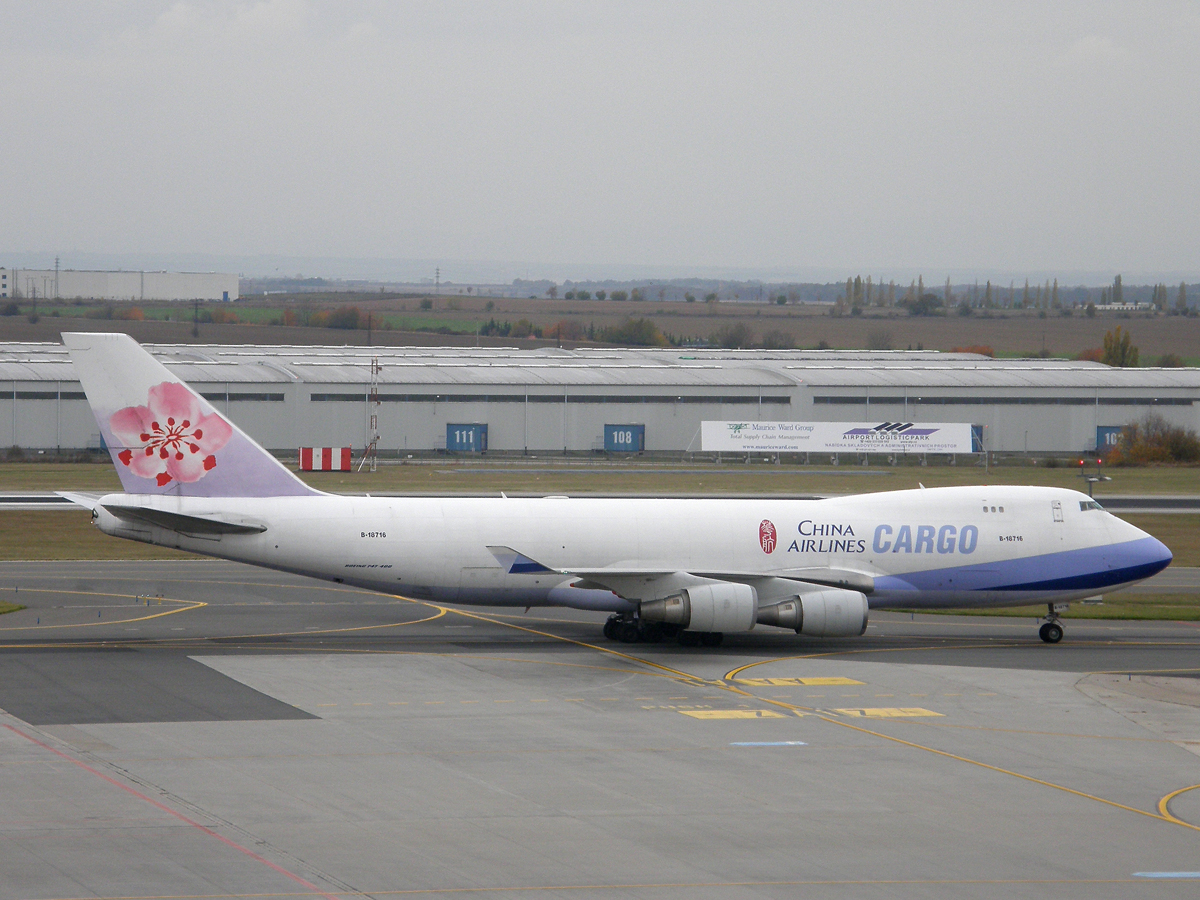 B747-409F/SCD China Airlines Cargo B-18716 Prague_Ruzyne October_28_2009