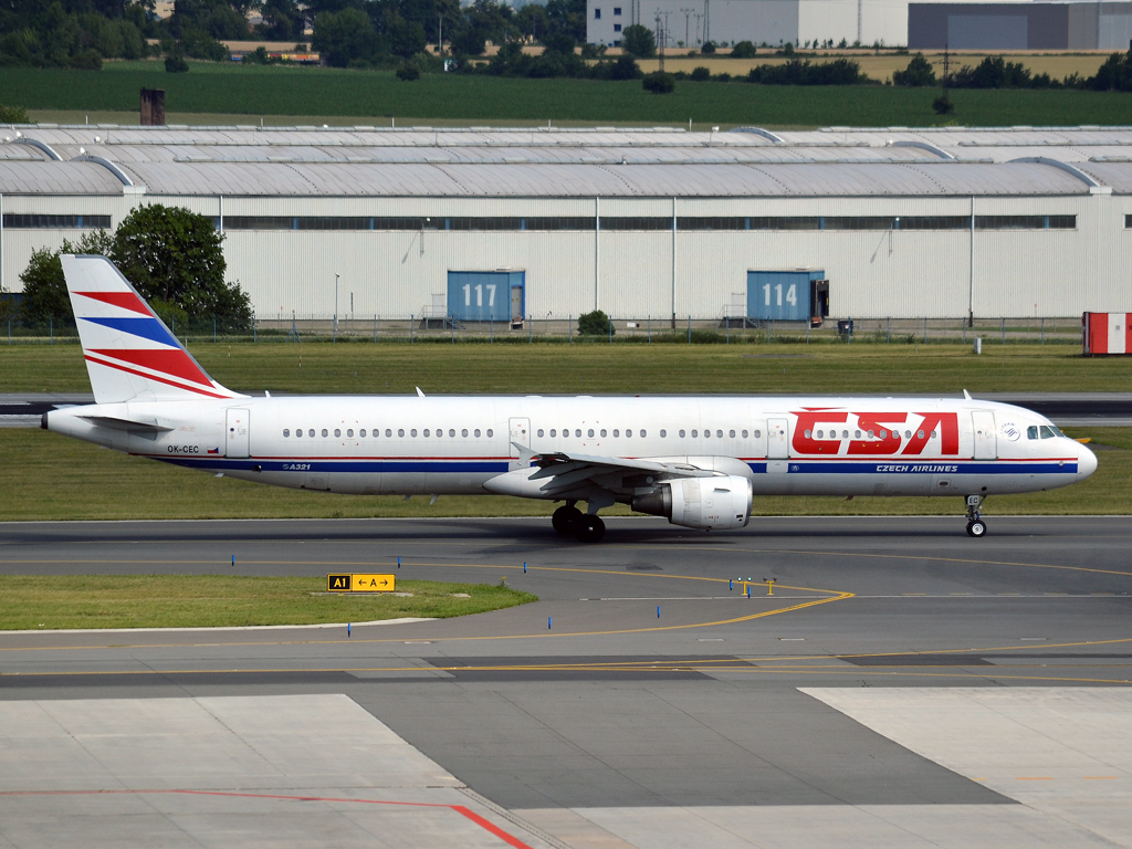 A321-211 CSA Czech Airlines OK-CEC Prague_Ruzyne (PRG/LKPR) July_09_2011