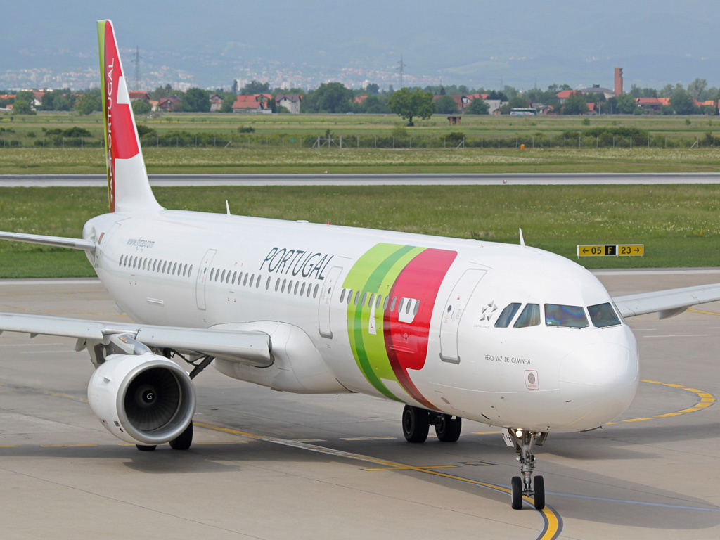 A321-211 TAP Portugal CS-TJE Zagreb_Pleso May_27_2012