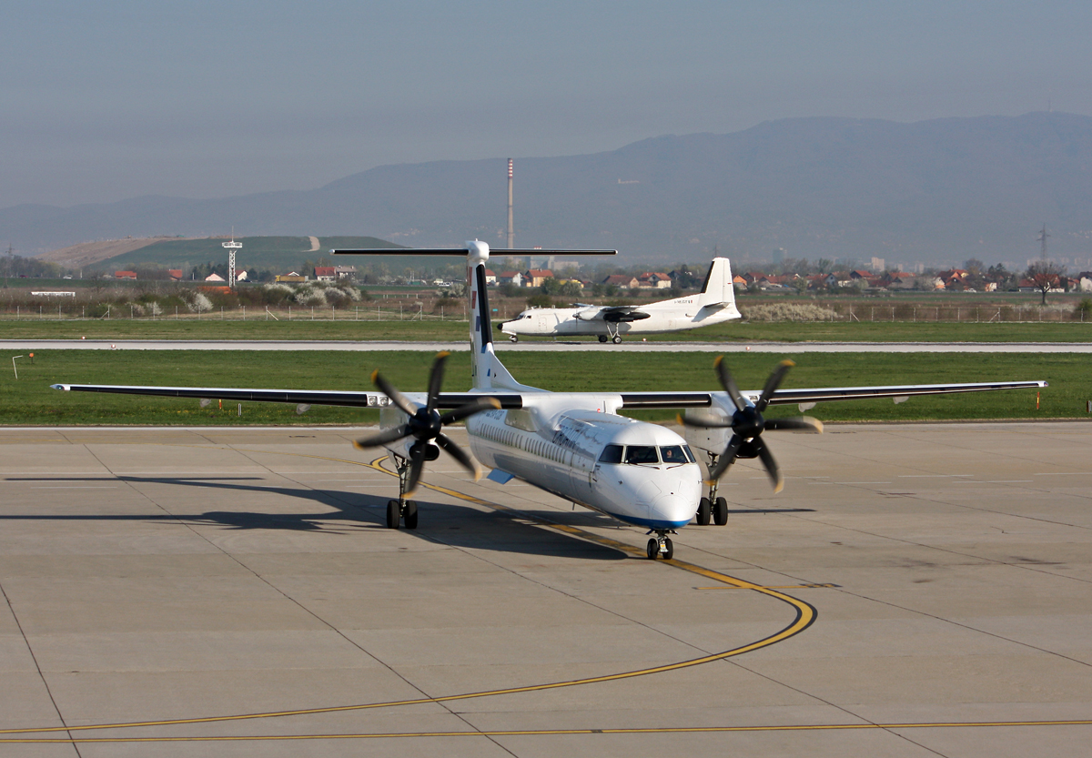 DHC-8-402Q Dash 8 Croatia Airlines 9A-CQB Zagreb_Pleso April_8_2009