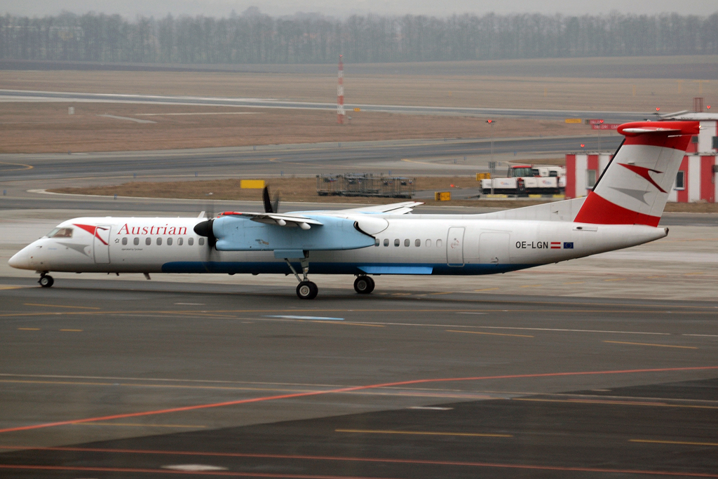 DHC-8-402Q Dash 8 Austrian Arrows (Tyrolean Airways) OE-LGN Prague_Ruzyne (PRG/LKPR) February_11_2013