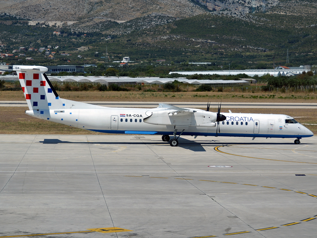 DHC-8-402Q Dash 8 Croatia Airlines 9A-CQA Split_Resnik (SPU/LDSP) August_15_2012