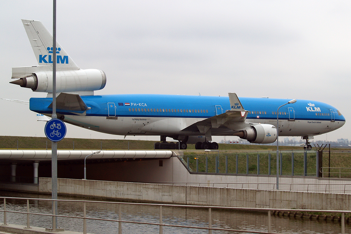 MD-11 KLM - Royal Dutch Airlines PH-KCA Amsterdam Schiphol April_20_2006