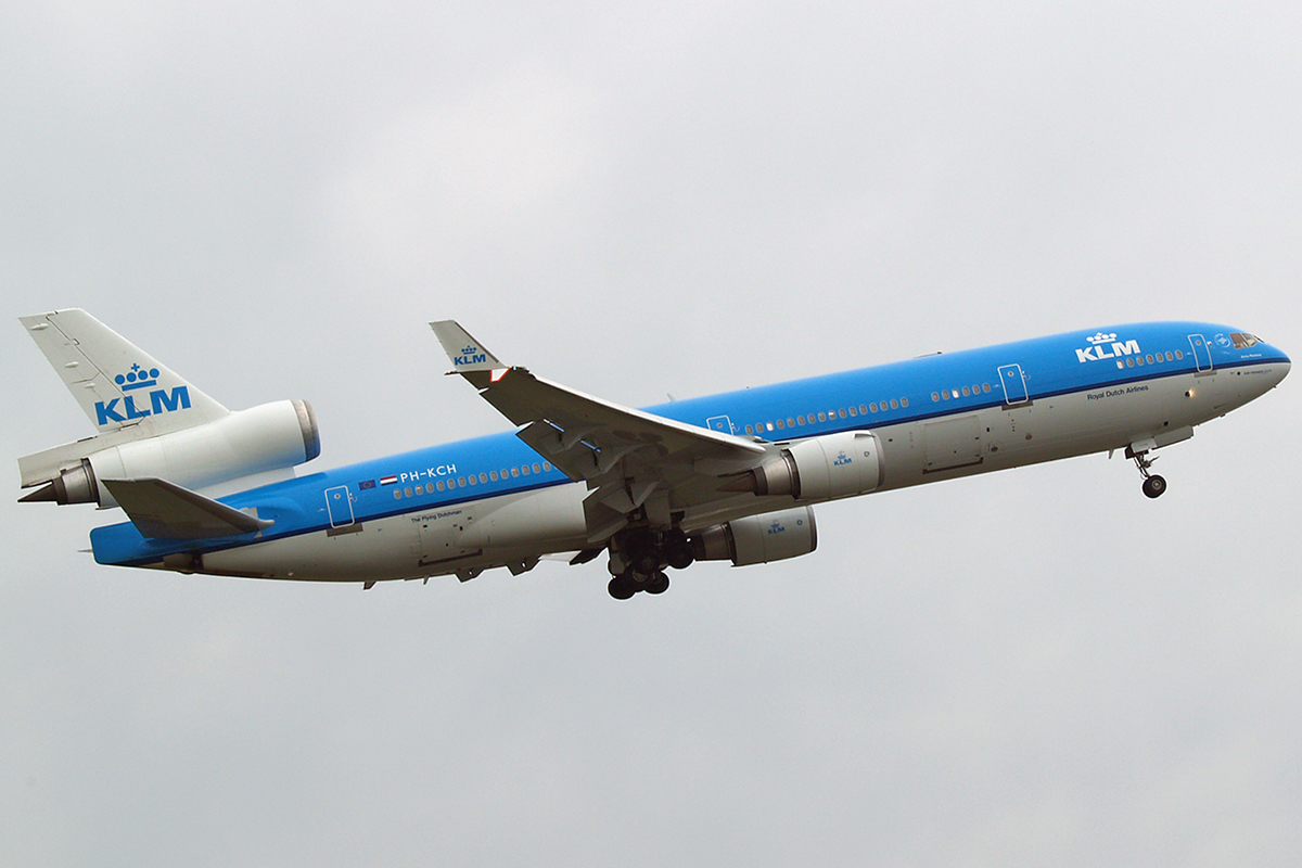 MD-11 KLM - Royal Dutch Airlines PH-KCH Amsterdam Schiphol April_15_2006