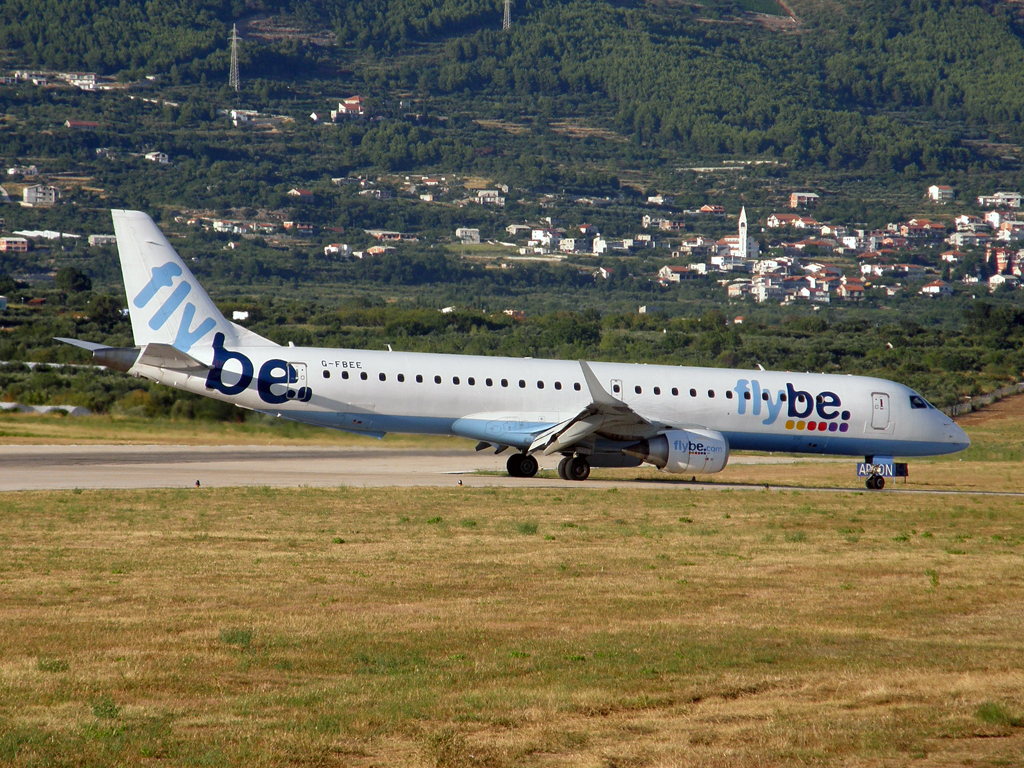 ERJ-195-200LR Flybe - British European G-FBEE Split_Resnik (SPU/LDSP) August_7_2010