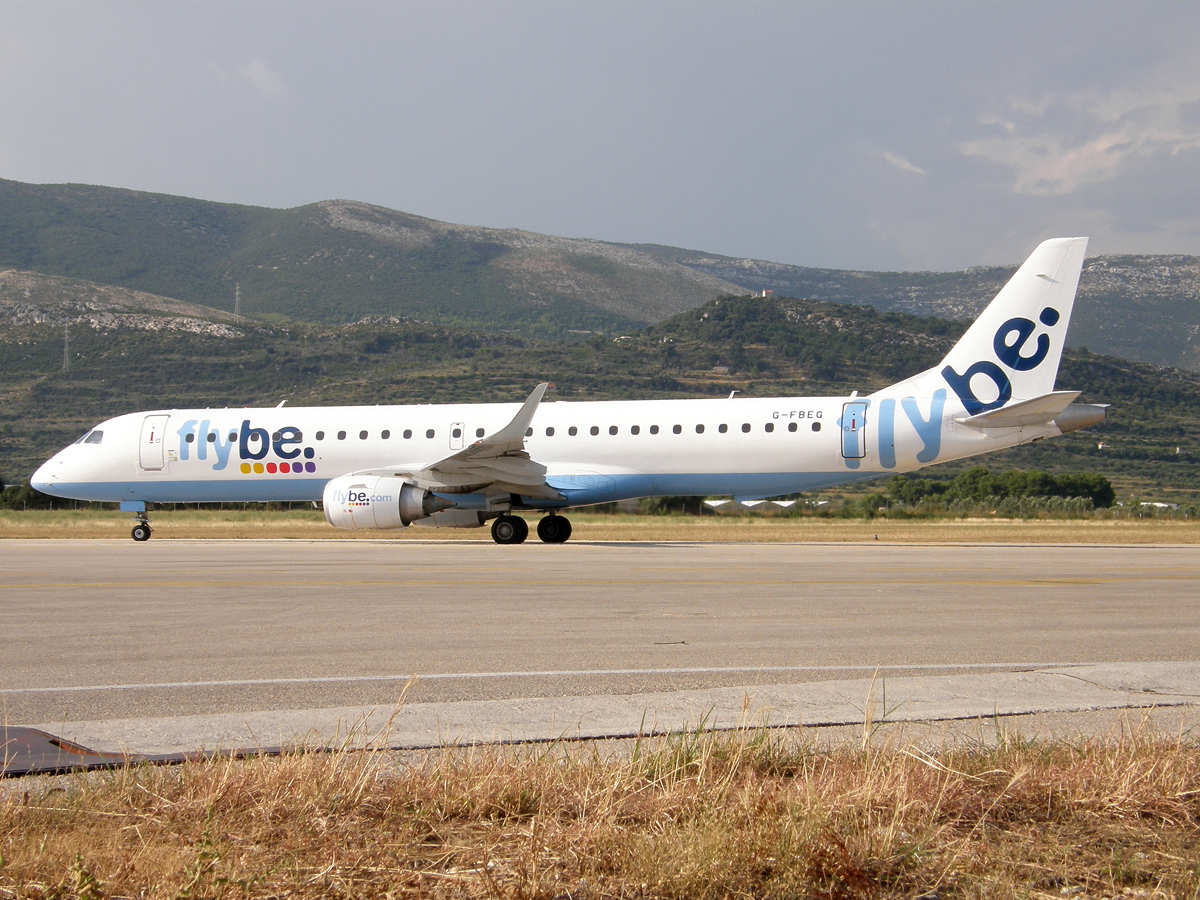 ERJ-195-200LR Flybe - British European G-FBEG Split_Resnik (SPU/LDSP) August_08_2009