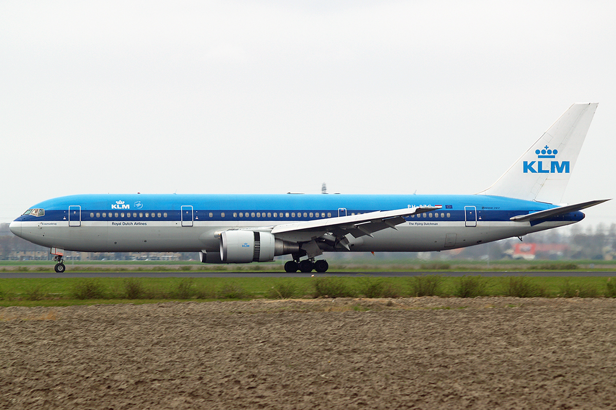 B767-306/ER KLM - Royal Dutch Airlines PH-BZG Amsterdam Schiphol April_20_2006