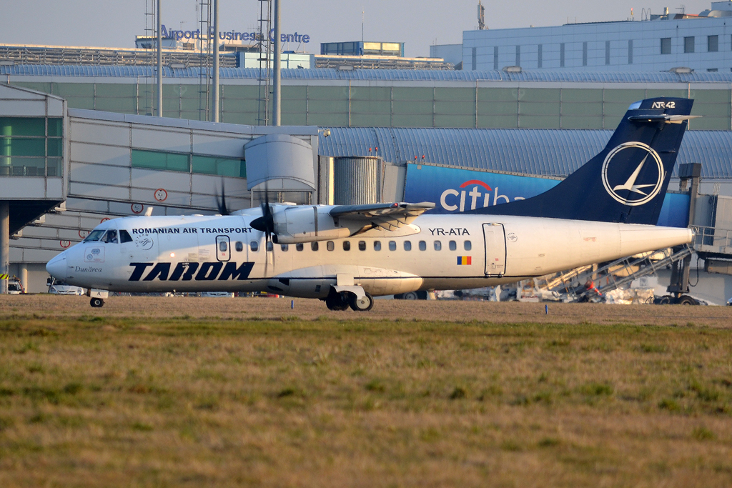 ATR-42-500 TAROM Romanian Air Transport YR-ATA Prague_Ruzyne (PRG/LKPR) March_14_2014
