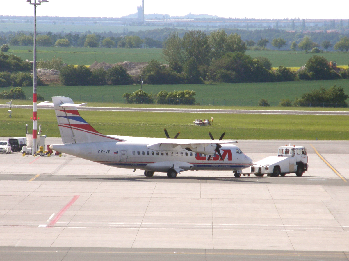 ATR-42-320 CSA Czech Airlines OK-VFI Prague_Ruzyne (PRG/LKPR) May_24_2009