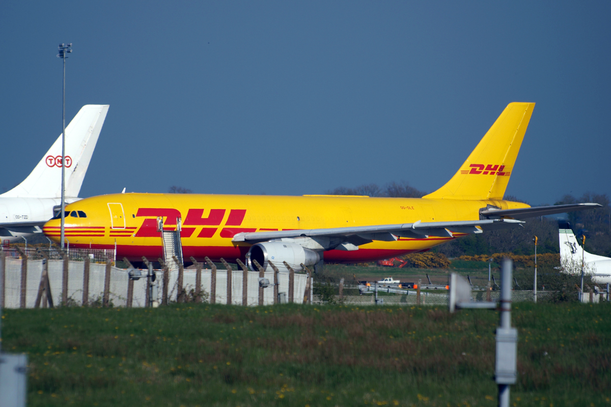 A300B4-203(F) DHL (European Air Transport - EAT) OO-DLE Belfast_Aldergrove (International) April_20_2009