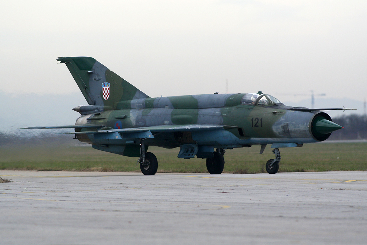 MiG-21bisD Croatia Air Force HRZ 121 Zagreb_Pleso (ZAG/LDZA) December_9_2011