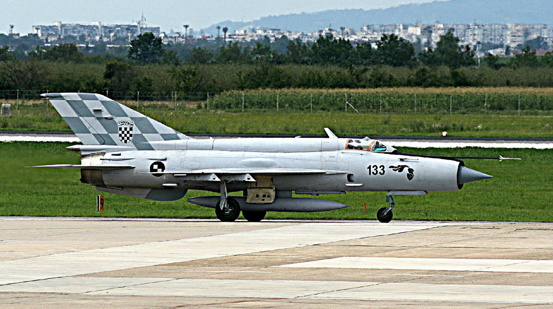 MiG-21bisD Croatia Air Force 133 Zagreb_Pleso (LDZA) July_30_2014
