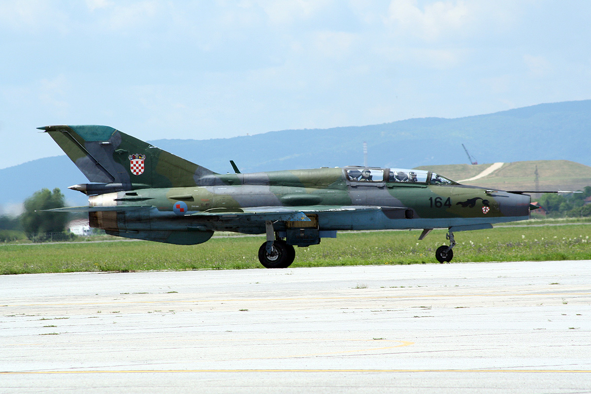 MiG-21UMD Croatia Air Force HRZ 164 Zagreb_Pleso (ZAG/LDZA) June_15_2011