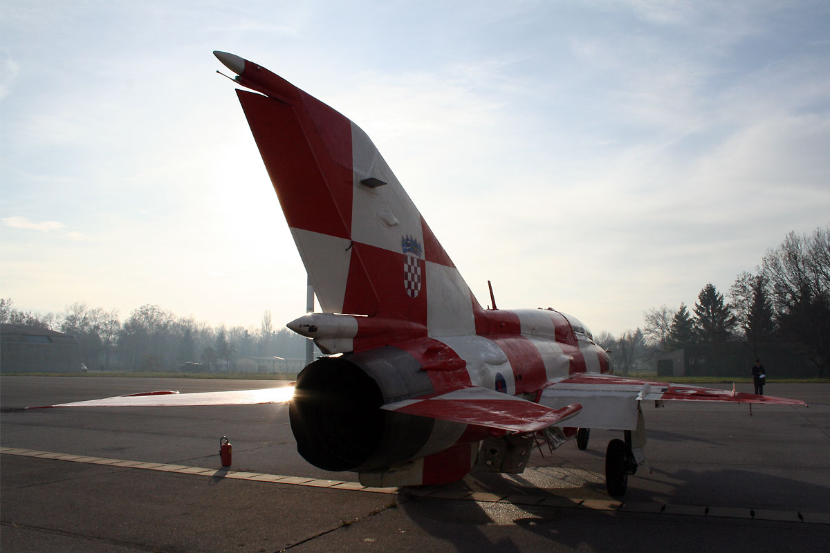 MiG-21UMD Croatia Air Force HRZ 165 Zagreb_Pleso (ZAG/LDZA) December_9_2011