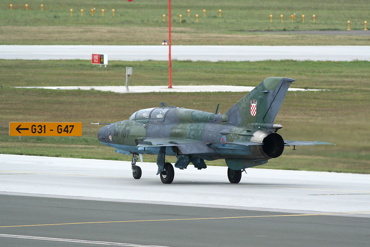 MiG-21UMD Croatia Air Force HRZ 167 Zagreb_Pleso (ZAG/LDZA) September_8_2011