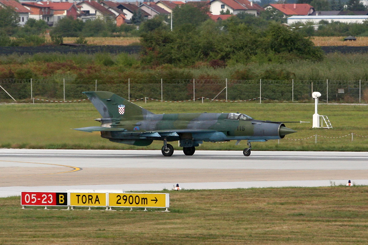 MiG-21bisD Croatia Air Force HRZ 115 Zagreb_Pleso (ZAG/LDZA) September_8_2011
