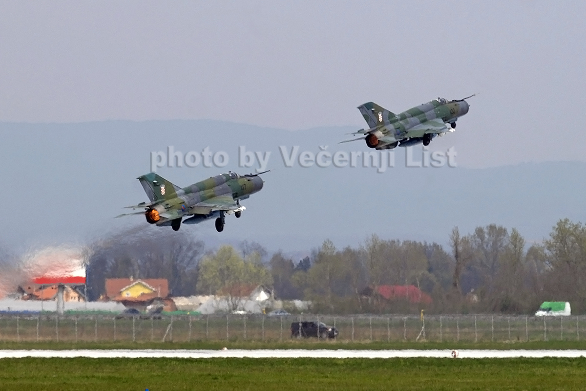 MiG-21bisD Croatia Air Force 117 Zagreb_Pleso (ZAG/LDZA) April_4_2008