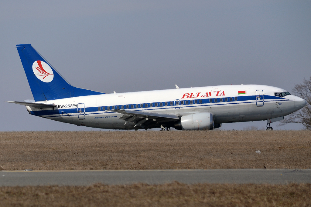 B737-524 Belavia EW-252PA Prague_Ruzyne (PRG/LKPR) March_24_2013