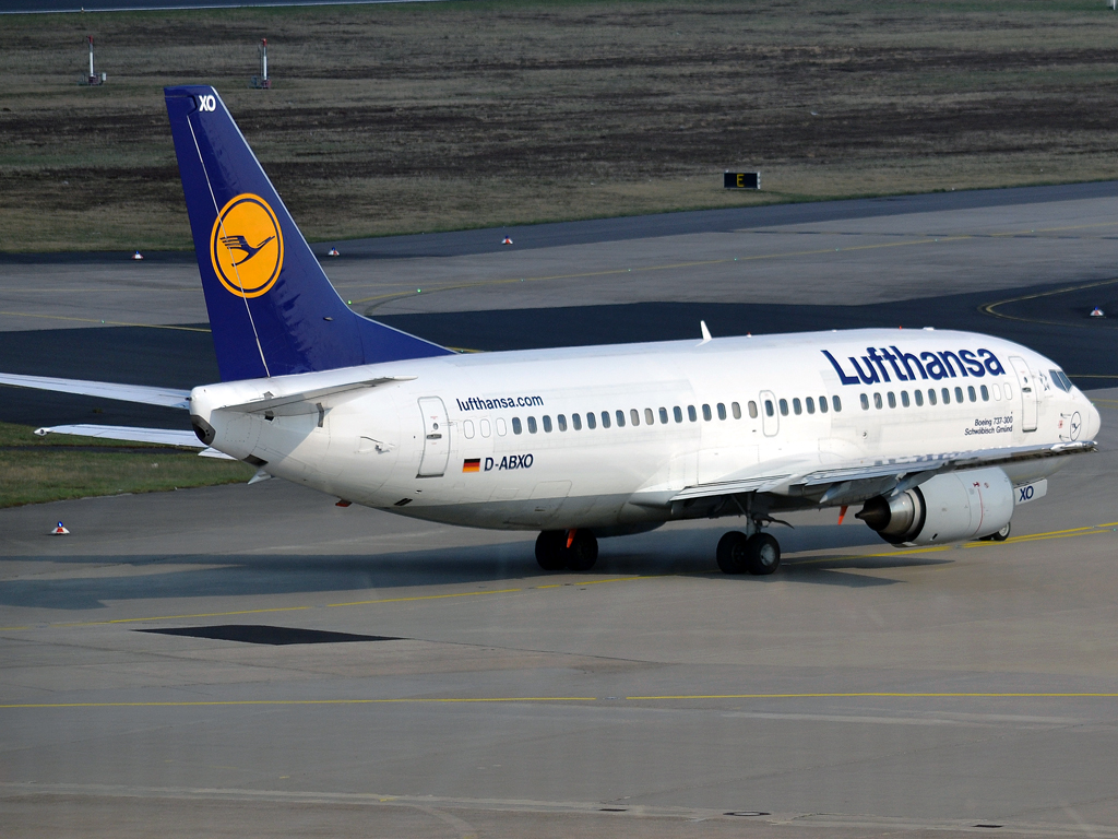 B737-330 Lufthansa D-ABXO Cologne_Bonn (CGN/EDDK) April_08_2012