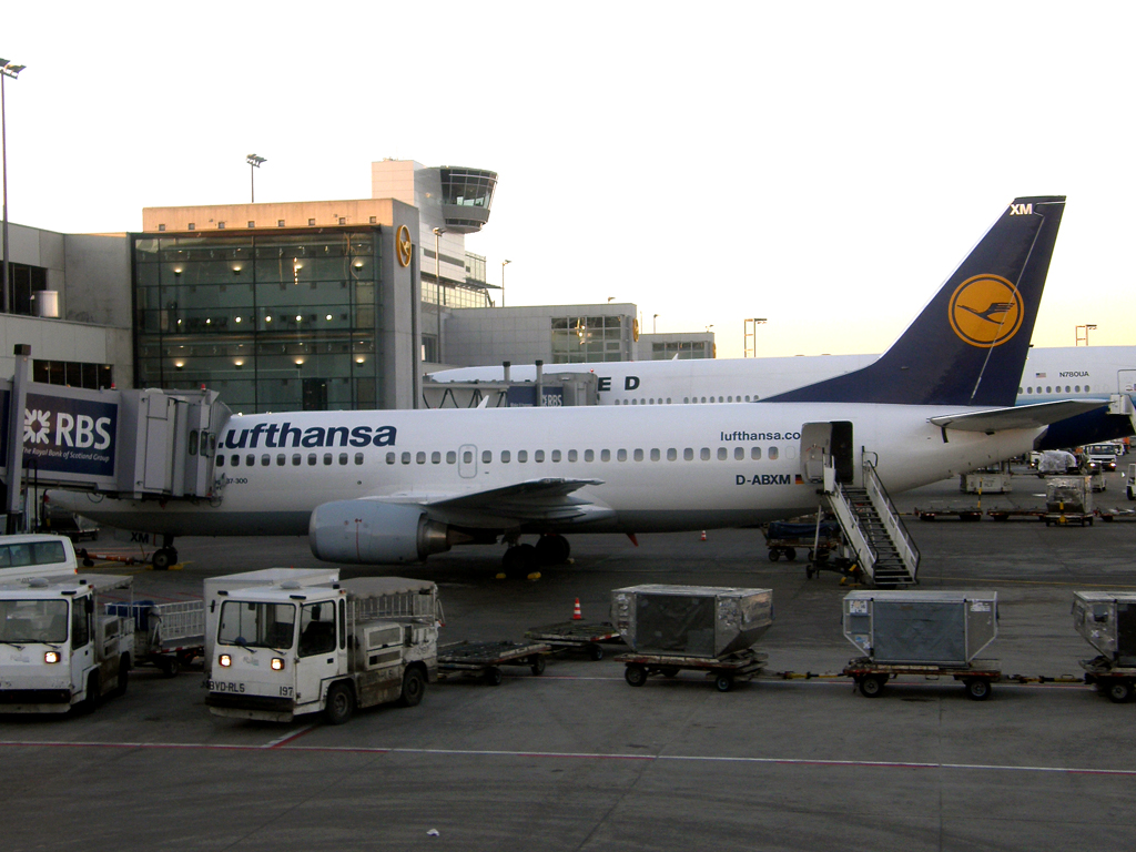 B737-330 Lufthansa D-ABXM Frankfurt_Main March_08_2010