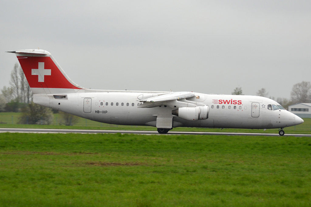 Avro 146-RJ100 Swiss International Air Lines HB-IXP Prague_Ruzyne (PRG/LKPR) April_28_2013