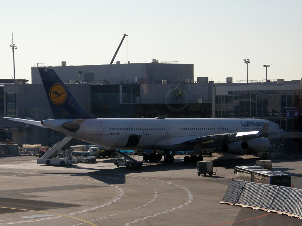 A340-313X Lufthansa D-AIGP Frankfurt_Main March_08_2010
